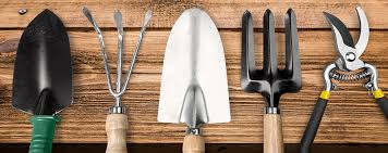 common gardening tools and their uses