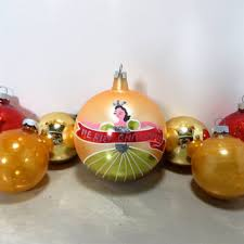 vintage bulbs ornaments large glass shiny brite ornaments red and gold holiday decor