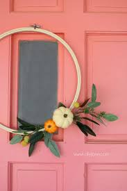 such a cute fall wreath for your front door fall decor love this diy fall