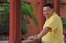 Resultado de imagen para manolo duque con el contralor maya