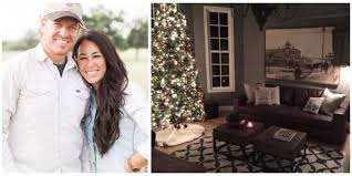 Small Picture Joanna Gaines Christmas How Chip and Joanna Decorate for the