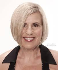 Zachte Bob Voor Oudere Dames Met Zilver Haar