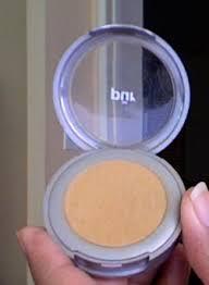 pur minerals pressed powder foundation med