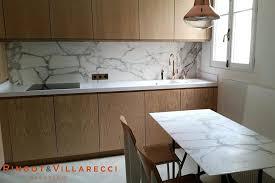 Table Sur Plan De Travail Nettoyer Plan De Cuisine En Granit Travail