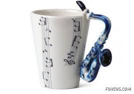 Serve Coffee In Artistic Coffee Mugs