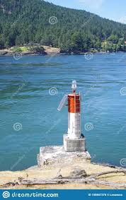 Marine Navigation Lights Powered By Photoelectric Cells