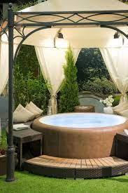 31 awesome hot tub enclosure ideas 22