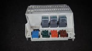used and working 'fuse box ' part filter volvo 850 used parts shop volvo 850 fuse panel at Volvo850 Fuse Box