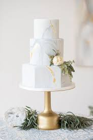 Wedding Cake Trends For 2018 From Naked To Painted Flip Flop Ranch