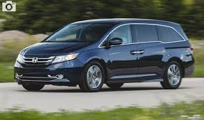 2018 Honda Odyssey Awd Redesign Spy Photos Interior. Vs  2017 R