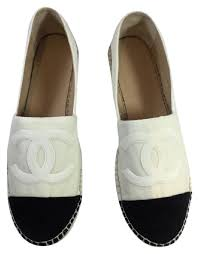 chanel flats. chanel white and black flats