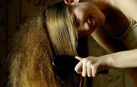 12 Nejzávažnějších Problémů Které Mohou Způsobit Husté Vlasy A