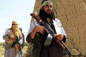 """قلق في أفغانستان… هل تغير """"طالبان"""" مناهج التعليم؟"""