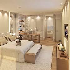 quarto de casal com closet e banheiro