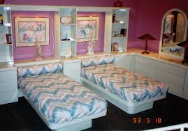 Scratch And Dent Bedroom Furniture Formica Bed