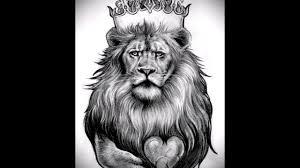 эскизы тату лев с короной