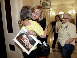 california governor signs landmark right to die law shots  california governor signs landmark right to die law