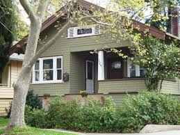 exterior paint colors with brick100  What Exterior Paint Color Goes With Red Brick   How To