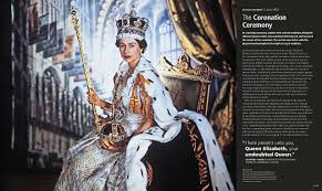 queen elizabeth ii and the royal family amazon co uk dk books