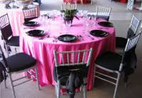 Red, Pink, White, & Black Table Settings for Valentine's Day_7 ...