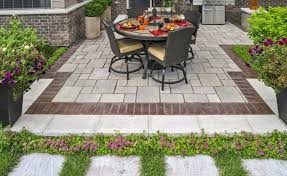 3 ways to use interlocking concrete pavers in your mississauga on landscape design