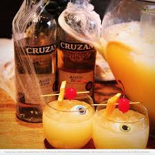 Best 25 Drink Rum Ideas On Pinterest  Malibu Drinks Easy Rum Party Cocktails With Rum