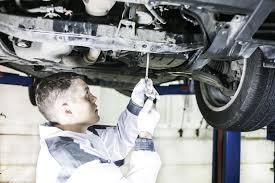 Зачем менять масло в АКПП lexus toyota drive После того как масло прогреется включится контрольная лампа положения d Автомобиль поднимается выворачивается пробка сливного отверстия и уровень atf