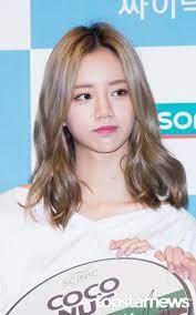 HD포토] 걸스데이(Girl's Day) 혜리 소멸될 것 같은 머리 크기 #topstarnews   Girl's day hyeri, Girl  day, Blonde asian