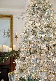 FRENCH COUNTRY COTTAGE: Frosted/flocked white Christmas tree