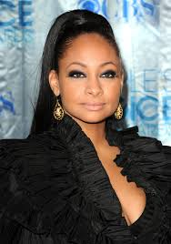 actress raven symone added a sultry touch to her sleek ponyl with a clic smoky lid
