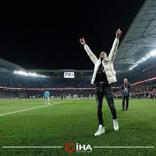 İHA Spor - Trabzonspor'un eski futbolcusu Yusuf Yazıcı,...