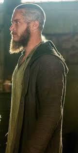 Travis Fimmel Ragnar From The Show Vikings Ragnar Lothbrok