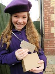 best images about super simple world book day costumes on 17 best images about super simple world book day costumes book day costumes oliver twist and day book