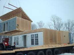 Delivering Modules To House Site.
