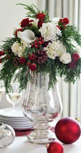 Make Christmas Flower Arrangements Best 25 Christmas Floral Arrangements  Ideas On Pinterest Diy Elegant Design