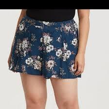 Navy Linen Challis Floral Shorts Torrid Size 4