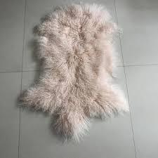 snow white genuine sheepskin throw lambskin fur hide pelt rug mongolian lamb area mongolian lamb