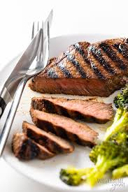 to cook top sirloin steak in the oven