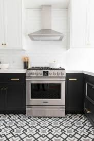 Painting Kitchen Cabinets Dark Bottom Light Top Best Two Toned Kitchen Cabinet Ideas