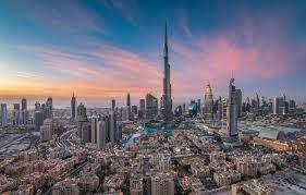 دبي تنفي دخولها في مباحثات مع أبوظبي لدعم اقتصادها