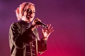 <b>Lily Allen's</b> '<b>No</b> Shame' - Rolling Stone