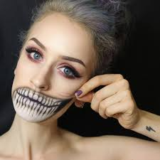 quick and easy zombie makeup photo 1