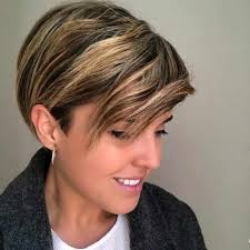 New Pixie Haircut Ideas In 2019 Frauen Haar Modelle