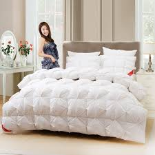 New white goose down quilts comforter bedding sets,Warm duvet bed ... & New white goose down quilts comforter bedding sets,Warm duvet bed quilt,Fluffy  breathable and comfortable wadded quilt blanket-in Bedding Sets from Home  ... Adamdwight.com