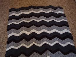 Double Crochet Chevron Pattern Amazing Cobblestones Ivy Chevron Pattern Crocheted Blanket