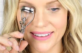 how to use eyelash curler. eyelash curler how to use a