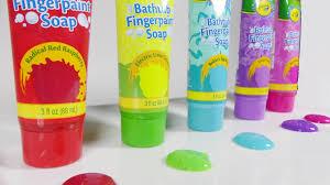 learn alphabet with crayola finger bath paint