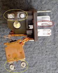 range rover world fuse box info and relays, new update with P38 Fuse Box p38 abs relay, this one fused and caused the abs pump to burn out p38 range rover fuse box
