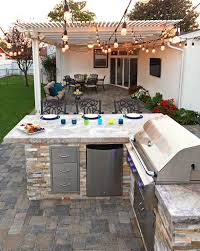 Bull Outdoor GourmetQ Grilling Island WBuiltIn Grill - Bull outdoor kitchen