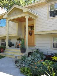 Side View Of Other Pin I Would Make The Columns A Little Thicker - Split level exterior remodel